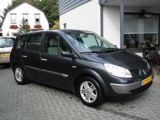 Renault Grand-scenic 120 pk dci 7 pers dynamique 2005/2